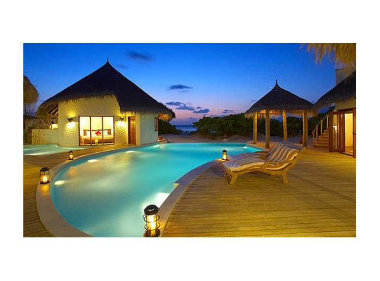 Island Hideaway At Dhonakulhi Spa Resort & Marina 5*