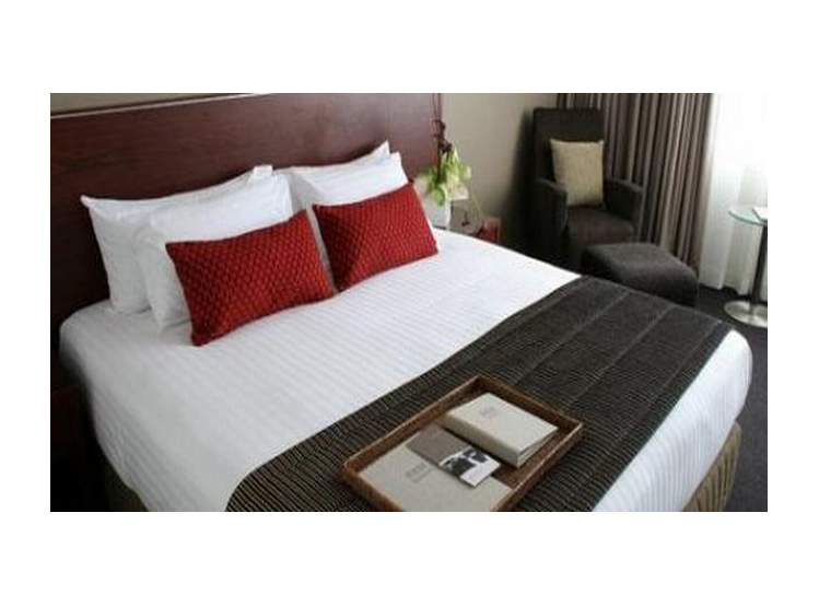 Rydges Auckland 4*