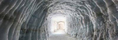 Ледяной Тоннель в леднике Лангйокудль