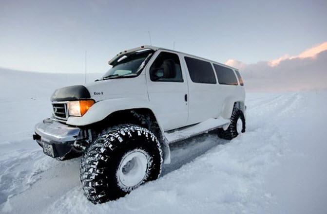 тур на снегоходах